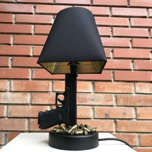 Какая настольная лампа лучше